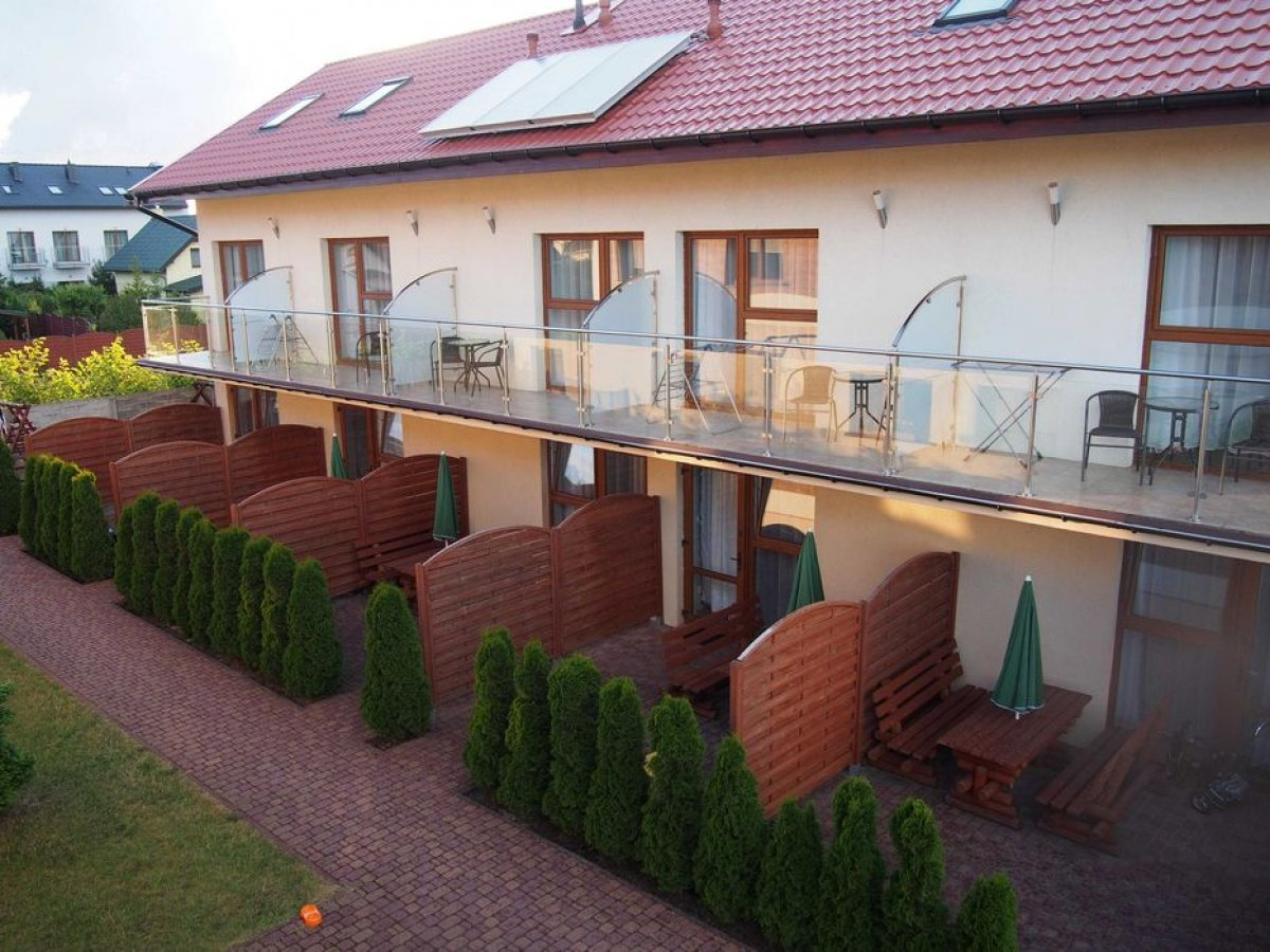 Wynajmę domki-apartamenty w Sarbinowie 300m od mor