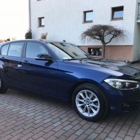 BMW1 120i