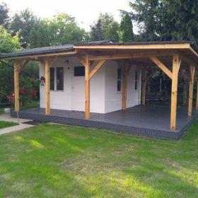 Konstrukcje drewniane - wiaty garażowe- pergole -t