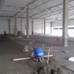 Wylewki Maszynowe, Tynki cementowe i gipsowe - Maz